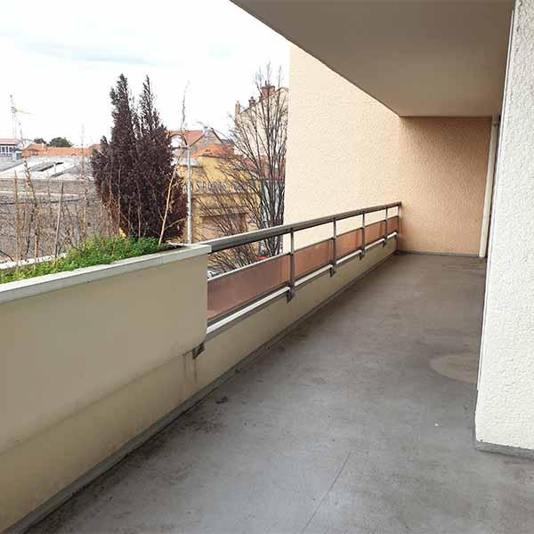A louer type 5 sur Roanne avec grand balcon