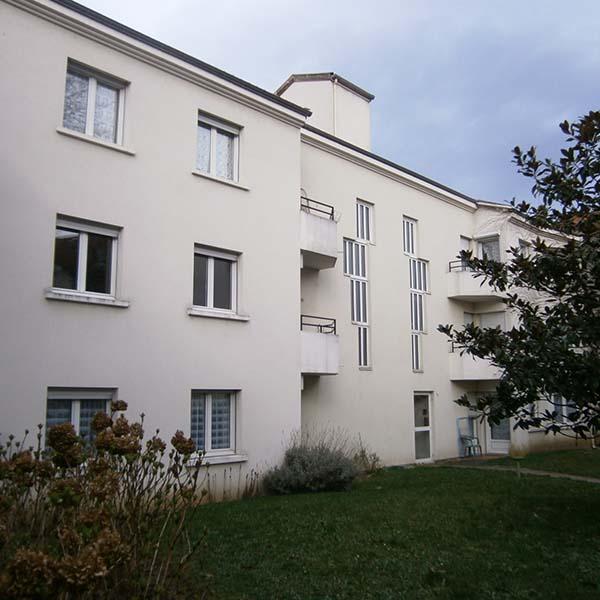 location appartement T5 centre ville de Roann